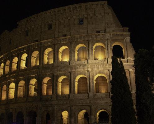 Koloseum, Rzym, Włochy, Rome, Italy, colosseum, view, city break, vacation, Rome by night, night, lights, city lights, tourist attraction