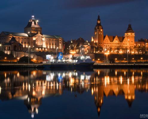 Wały Chrobrego, Szczecin, Stettin, Stettin by night, Szczecin nocą, river, Odrs, oder, lights, night, old buildings, Poland, Polska