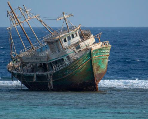 wreck, Wrak, red sea, water, blue, old ship, fishing ship, Artur Rydzewski, damage, colapsed